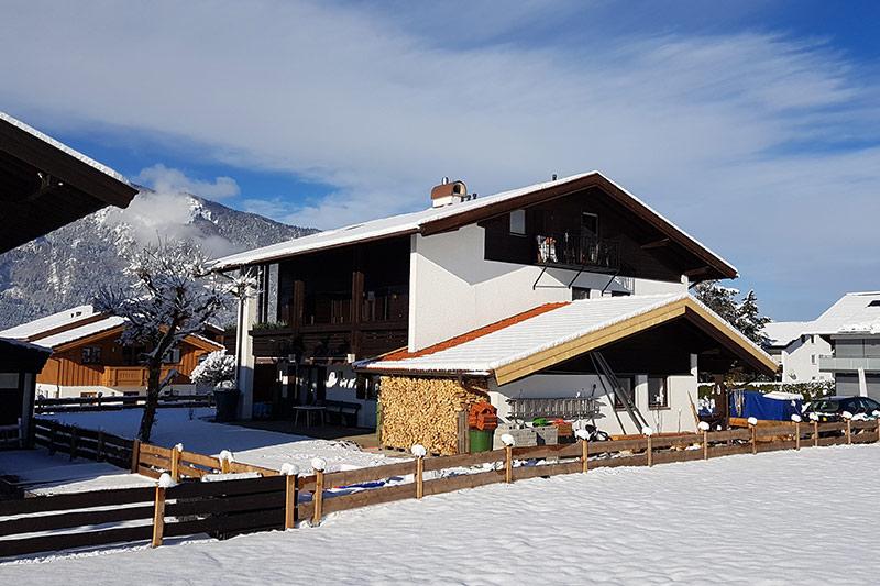 Das Landhaus Hochgern im Schnee